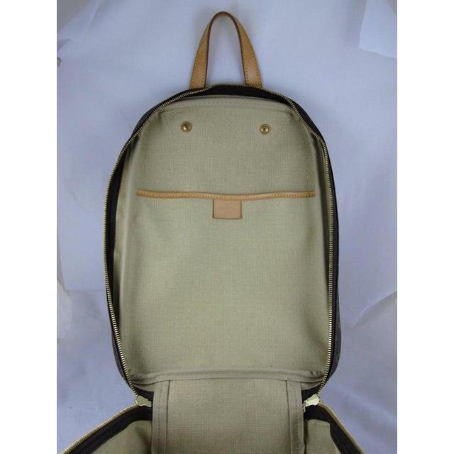 Louis Vuitton Vintage LV Monogram Excursion Travel Shoe Bag W/ Padlock & Dustbag For Sale In Philadelphia - Image 6 of 11