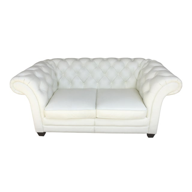Groovy Modern Lazzaro Chesterfield White Loveseat Gamerscity Chair Design For Home Gamerscityorg
