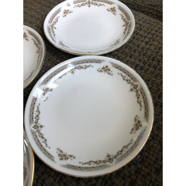 "Set of 4 dishes Royal Doulton bone China with label on back. They are in great shape beautiful 6"" plates ."