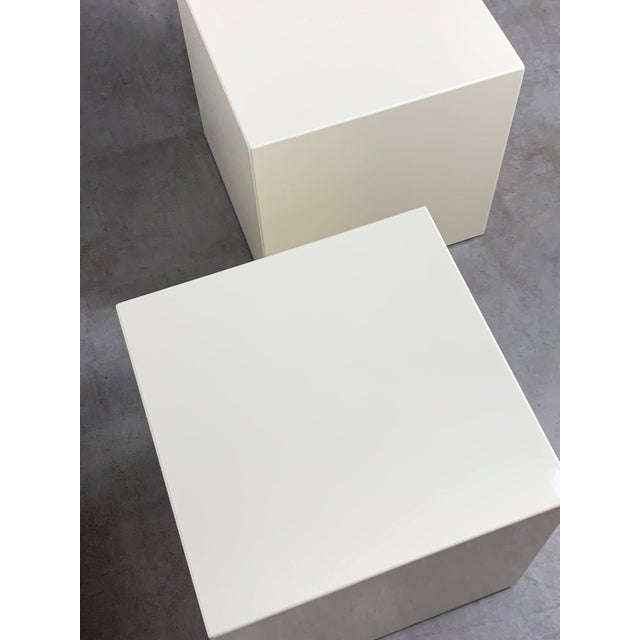 Aldo Tura 1970s Modern Lacquered White Cube Side Tables- A Pair For Sale - Image 4 of 11