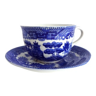 "Antique 1920s-1930s Blue & White ""Blue Willow"" Transferware Tea Cup and Saucer For Sale"