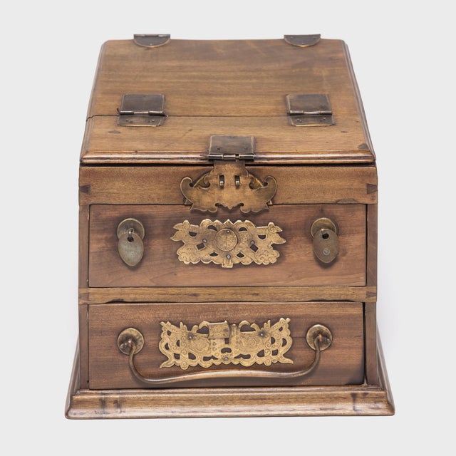Chinese Double Bat Jewelry Chest For Sale - Image 10 of 10