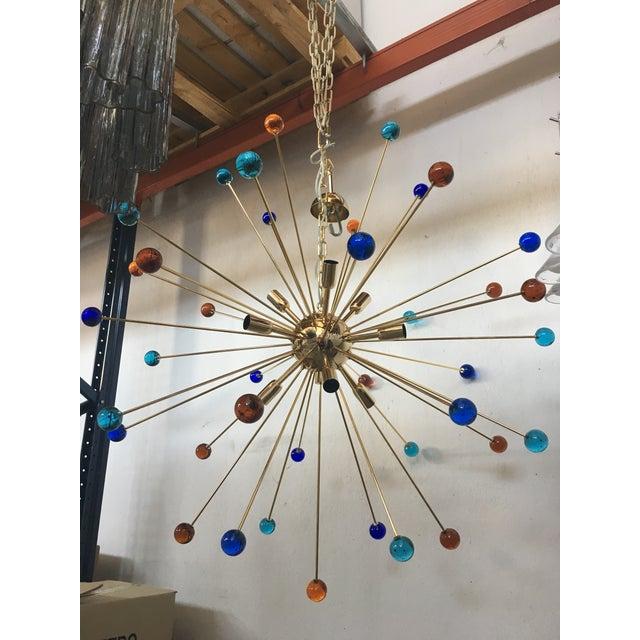 Mid-Century Modern Multicolor Murano Glass Triedo Sputnik Chandelier For Sale - Image 3 of 12
