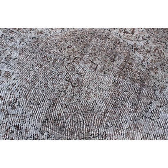 "Gray Vintage Oushak Handmade Area Rug - 5'3"" x 8'6"" For Sale - Image 8 of 10"