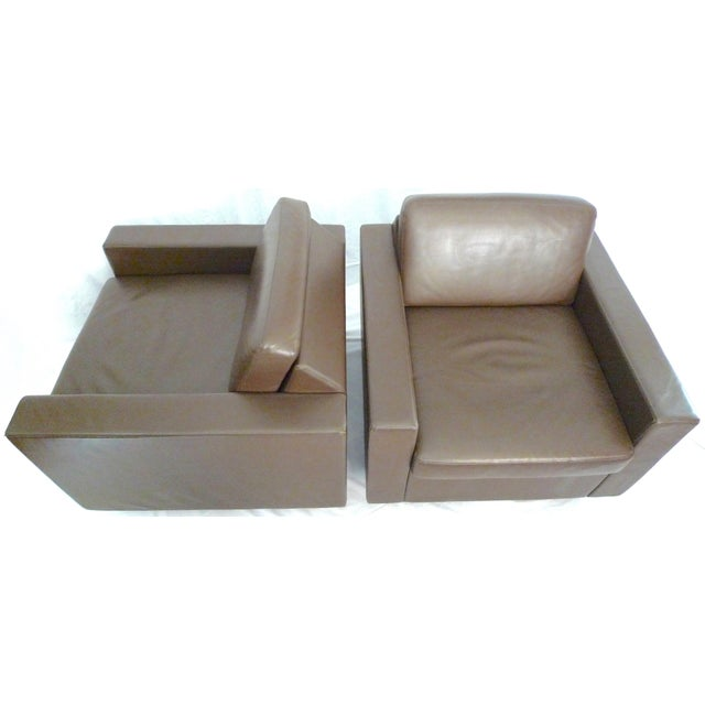 Bernhardt Design Contract Lounge Chairs Designer: Jhane Barnes Item sold as a pair, 2 chairs. Model: Juncture Scale:...