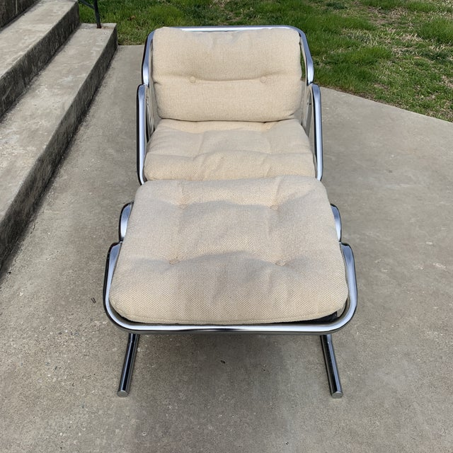 Fantastic Jerry Johnson chrome sling chair and ottoman in a versatile and original nubby tweed wool fabric. Landes MFG...