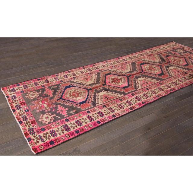 "Vintage Persian Heriz Rug, 3'8"" X 10'9"" - Image 4 of 8"