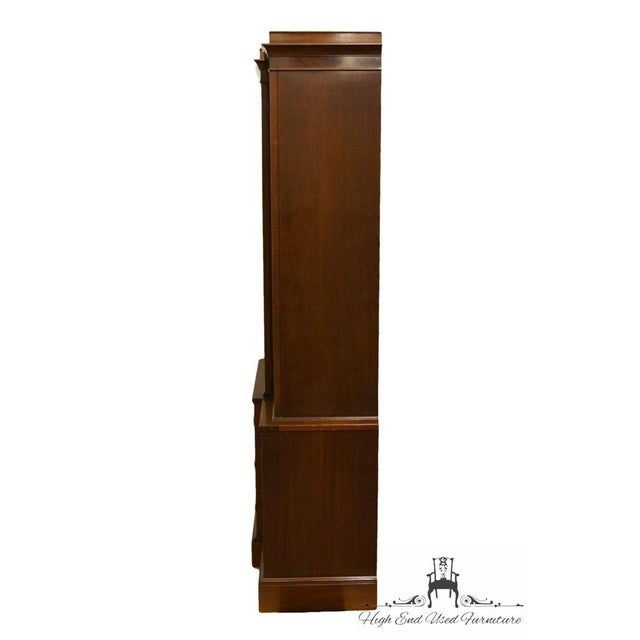 Late 20th Century Vintage Rway Mahogany Block Front Duncan Phyfe China Cabinet For Sale - Image 10 of 13