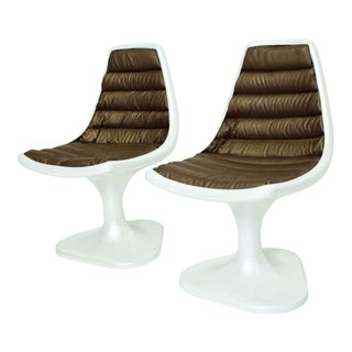 Mid-Century Modern Sculptural Atomic Side Chairs in Fiberglass - a Pair For Sale