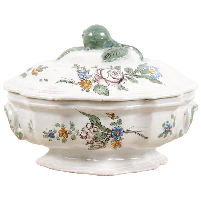 1750s Mid 18th Century French Faience Soup Tureen For Sale - Image 13 of 13