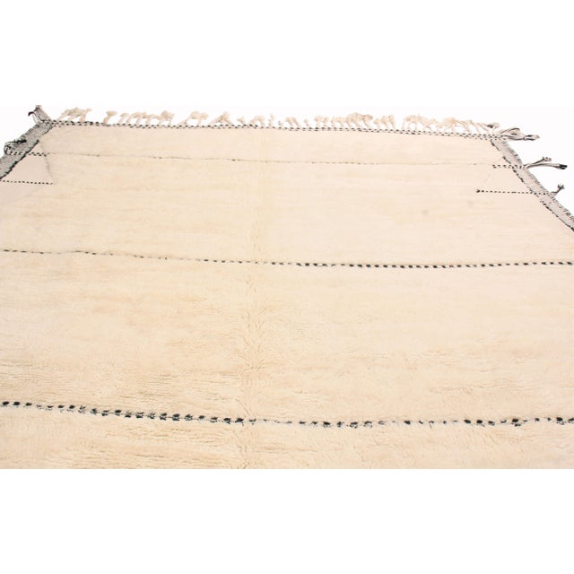 Rug & Kilim Moroccan White and Black Wool Rug With Pile - 9′7″ × 13′6″ For Sale - Image 4 of 7