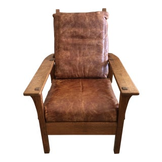 1930s Vintage Classic Arts & Crafts Adjustable Morris Oak and Distressed Leather Lounge Club Chair For Sale