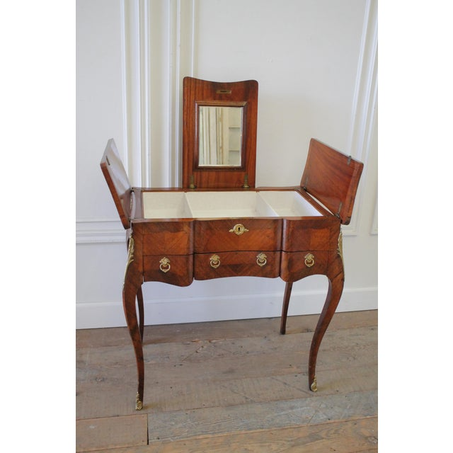20th Century Italian Inlaid Vanity With Mirror and Key For Sale - Image 11 of 11