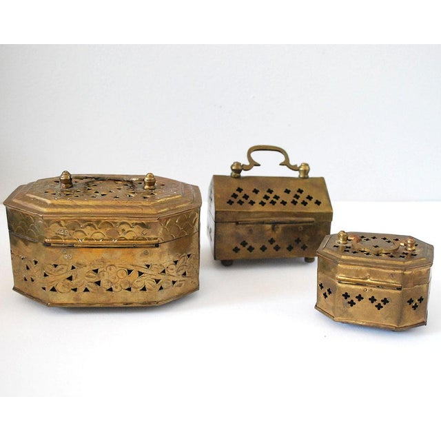 Vintage Indian Brass Cricket Boxes - Set of 3 For Sale In Saint Louis - Image 6 of 8