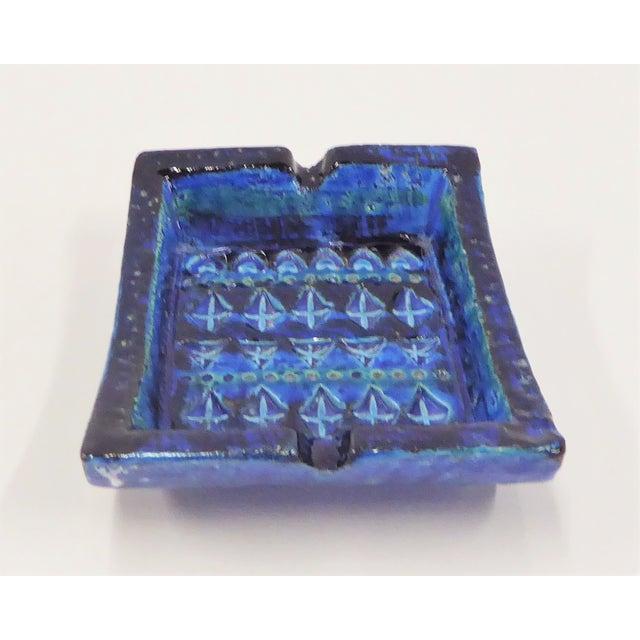 Aldo Londi 1960s Aldo Londi for Bitossi Italian Modern Rimini Blue Small Ashtray For Sale - Image 4 of 7