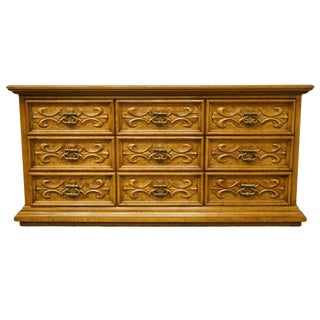 20th Century Traditional Drexel Heritage Velero Collection Mediterranean Style Triple Dresser For Sale