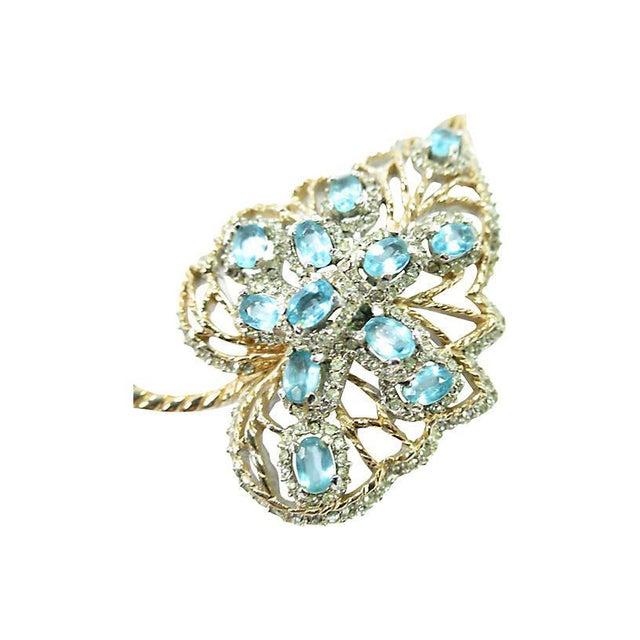 Aqua Crystal & Rhodium Leaf Brooch, 1940s For Sale - Image 4 of 8