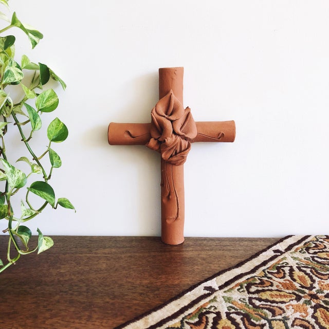 Cinnamon Vintage Mexican Terracotta Cross With Calla Lilies For Sale - Image 8 of 8