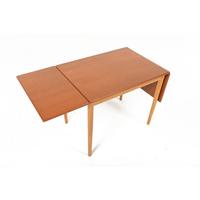 Danish Modern Borge Mogensen Teak & Oak Drop Leaf Coffee Table For Sale - Image 3 of 9