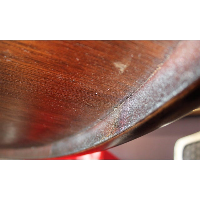 20th Century Dunbar Round Dining or Conference Table For Sale In Houston - Image 6 of 9