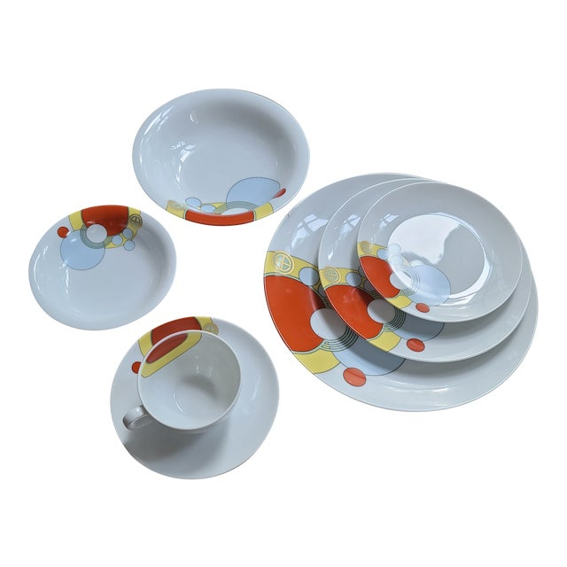 1980s Frank Lloyd Wright Art Deco Imperial Hotel Design Porcelain Dishes 7-Piece Place Setting For Sale