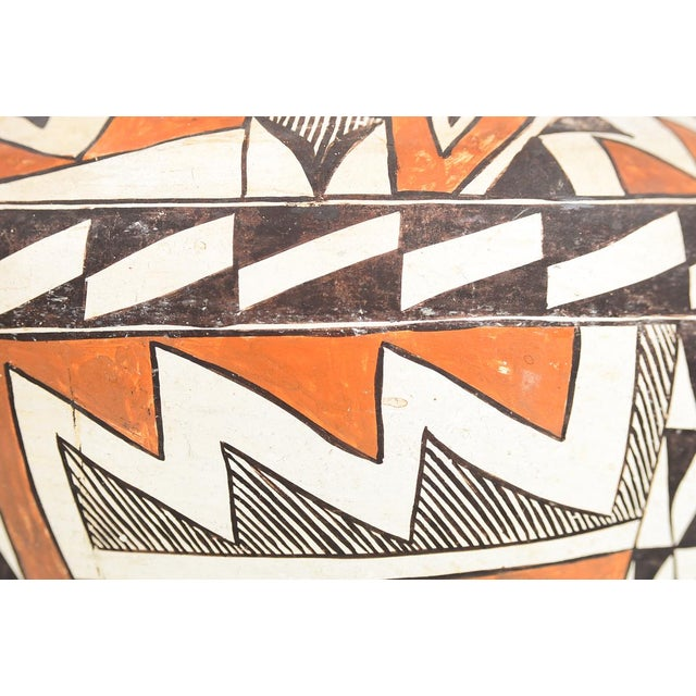 Native American Antique Native American Polychrome Pottery Jar Acoma For Sale - Image 3 of 9