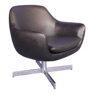Eames Mid-Century Faux Leather Black Lounge Armchair For Sale