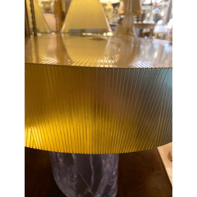 Mid-Century Modern 1960s Mid-Century Modern Acrylic and Brass Curved Coffee Table For Sale - Image 3 of 12