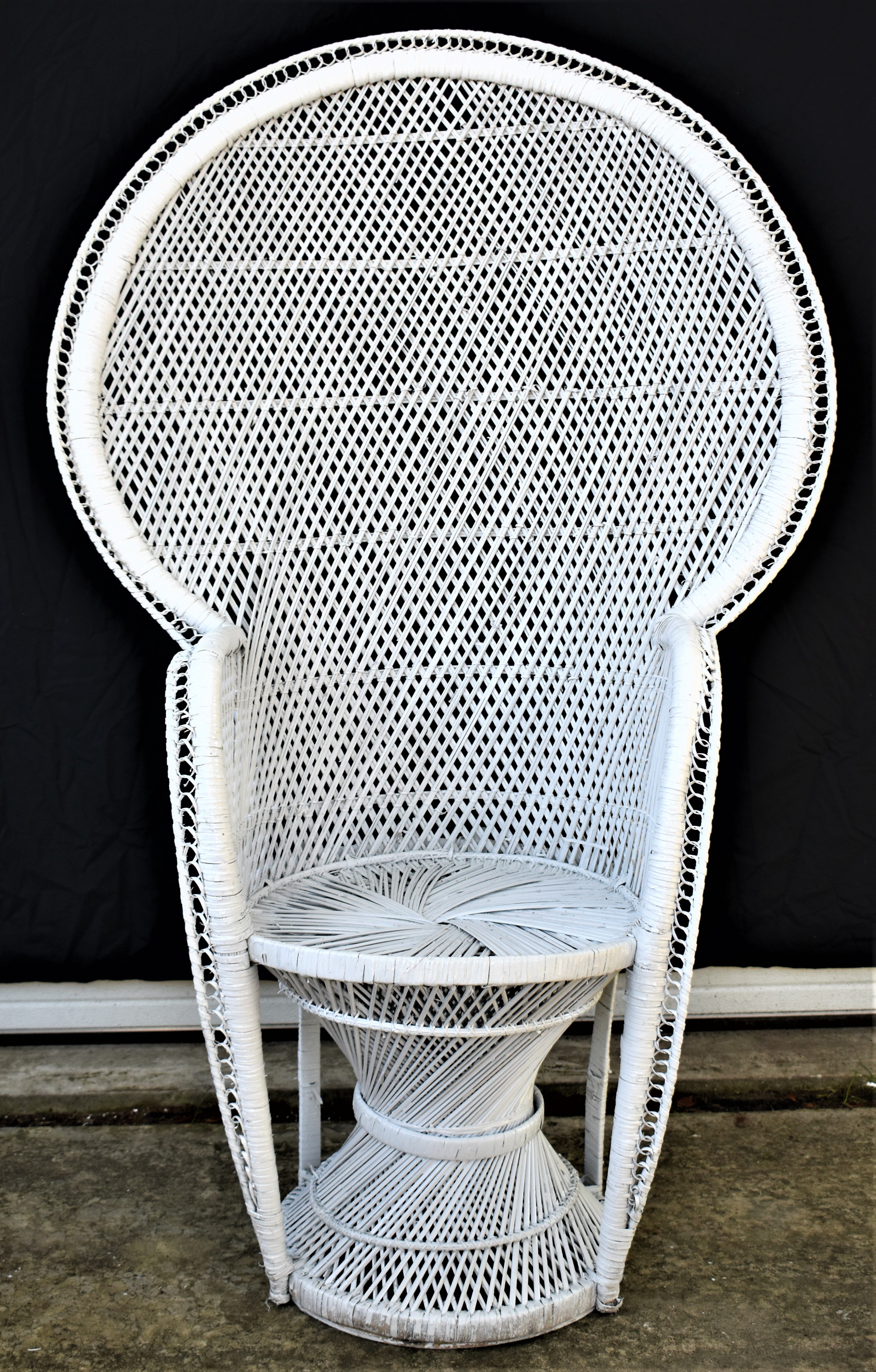 Mid Century White Wicker Peacock Chair For Sale In New Orleans   Image 6 Of
