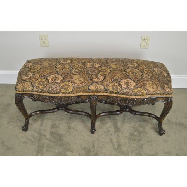 1960s French Louis XV Style Carved Walnut Window Bench For Sale - Image 5 of 12