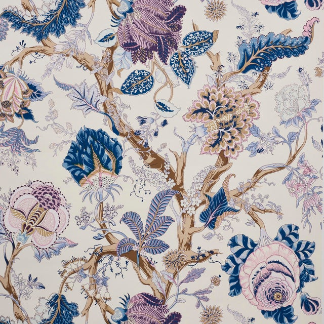 Schumacher Indian Arbre Wallpaper in Hyacinth (8 Yards) For Sale In New York - Image 6 of 6