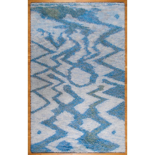 "1950s LARGE 115"" SWEDISH KNOTTED RYA CARPET, 1950S For Sale - Image 5 of 8"