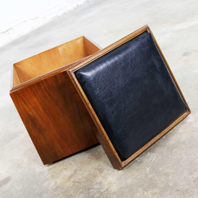 Mid Century Modern Lane Rolling Cube Storage Ottoman With Game Board Flip Table Top For Sale - Image 10 of 13