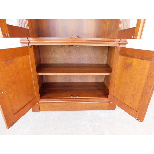 """Early 21st Century Stickley Cherry 4 Door Bookcase Lighted Display Wall Cabinet Model 4740 """"B"""" For Sale - Image 5 of 13"""