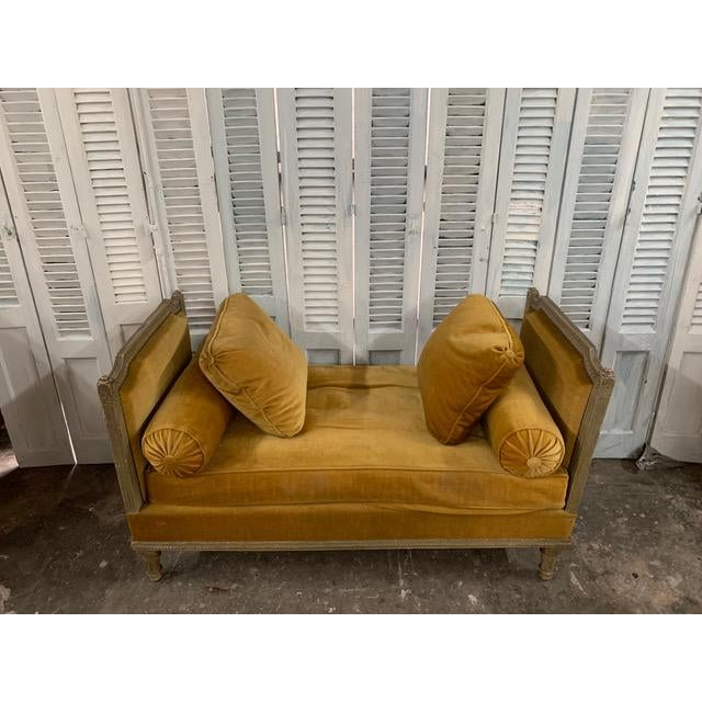 Yellow Early 18th Century Swedish Neoclassical Daybed For Sale - Image 8 of 9