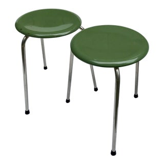 1960s Vintage Heywood Wakefield Green Dot Stools - A Pair For Sale
