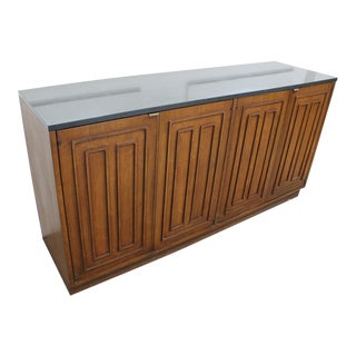 Mid Century Modern Broyhill credenza / buffet For Sale