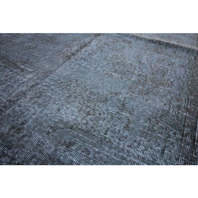 """Vintage Gray Overdyed Rug - 4'2"""" X 7' - Image 3 of 4"""