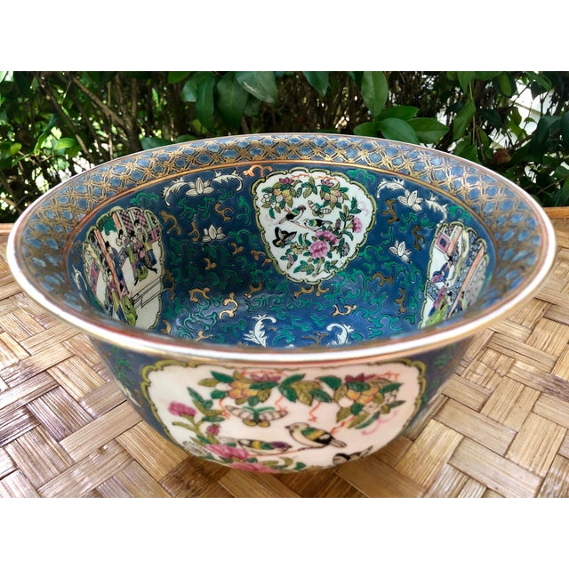 White 20th Century Chinese Hand Painted and Gilt Rose Medallion Bowl in Blue For Sale - Image 8 of 13
