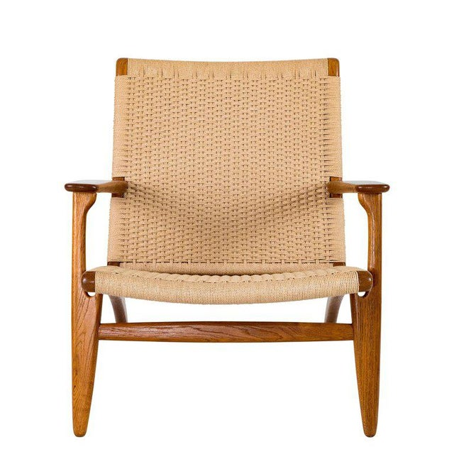 Hans Wegner Ch-25 Lounge Chair For Sale - Image 4 of 10