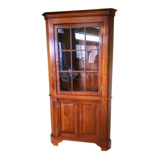 1970s Henkel Harris Solid Cherry 9 Pane Chippendale Style Corner Cabinet For Sale