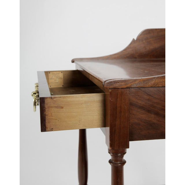 19th Century American Federal MahoganyTable For Sale - Image 4 of 7