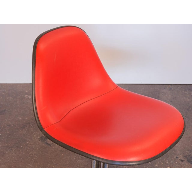 1960s Red La Fonda Eames Chair for Herman Miller For Sale - Image 5 of 11