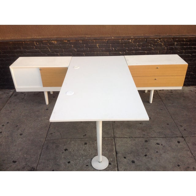 Vitra Level 34 Modular Office Desk For Sale - Image 4 of 9