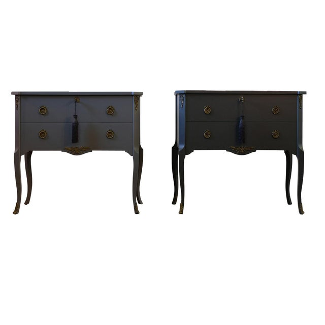 French Gustavian Louis XV Style Chests - a Pair For Sale - Image 3 of 9