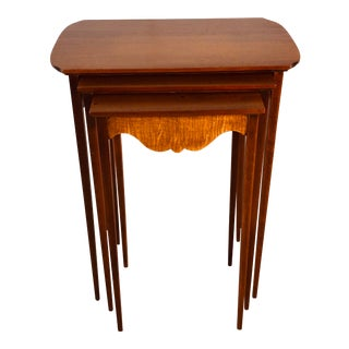 1950s Mahogany Nesting Tables W/ Tiger Maple Accent, Set of 3 For Sale