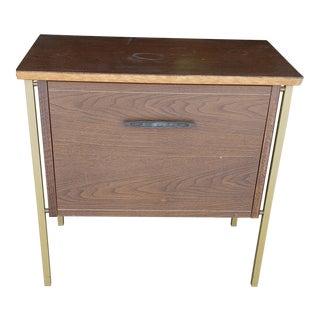 20th Century Danish Modern Lu Van Inc Side Table For Sale