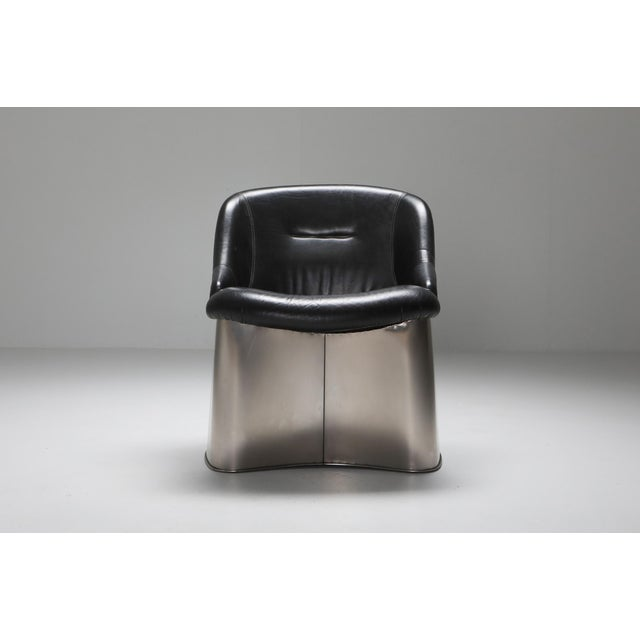 Postmodern easy chair, Boris Tabaccof, metal and leather, the 1970s, France.