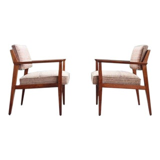 Giacomo Buzzitta Mid Century Modern Walnut Lounge Chairs by Stow Davis - a Pair For Sale