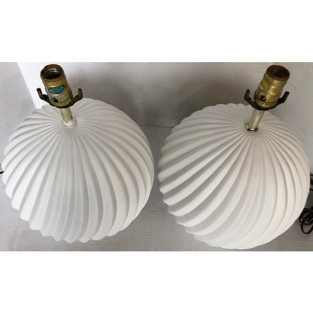 White Gesso Swirl Table Lamps - A Pair For Sale - Image 5 of 6